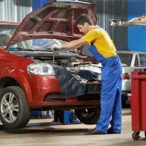5 Basic Car Maintenance Items That Save Money